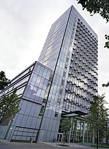 Экономичная реконструкция стеклянных фасадов с DuPont™ SentryGlas®