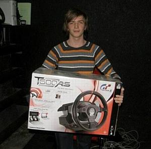 Thrustmaster выступил спонсором турнира по игре Gran Turismo 5