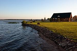 Остался последний участок у большой воды с домом за полцены