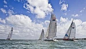 Этап с новыми «скрытыми» правилами начался сменой лидеров VELUX 5 OCEANS