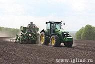 Сельхозпредприятия Саратовской области внедряют систему спутникового мониторинга «Навигатор-Агро»