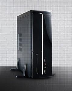 Foxconn представляет корпус RS-506L для компактных компьютеров