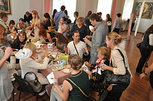 «BLIZKO Ремонт» поздравил участников DIY-рынка с Днем Строителя