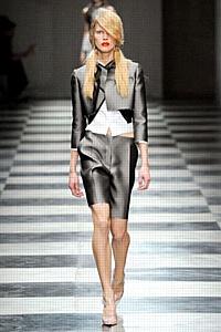 Prada представила коллекцию весна-лето 2010