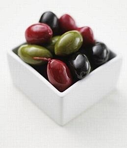 Оливковое масло и оливки – как источник витаминов