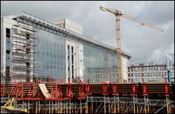 Эскалаторы и лифты здания терминала  КП «Международный аэропорт «Донецк» смонтированы на 60%.