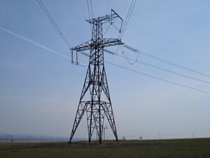 МЭС Юга заменили 2500 изоляторов на линии 330 кВ Невинномысская ГРЭС – ГЭС-2 для надежного электроснабжения потребителей Северо-Кавказского федерального округа