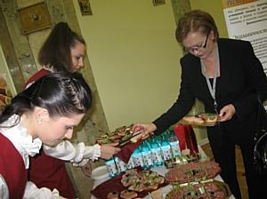 Торговая марка «Царь – продукт» представила на форуме «Экология питания» свою инновационную линейку колбасных изделий «Без аллергенов»