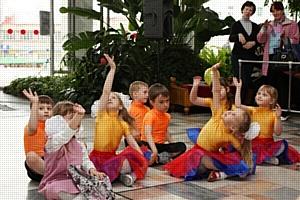 Компания «Сибирский источник» приняла участие в празднике «Радость детства»