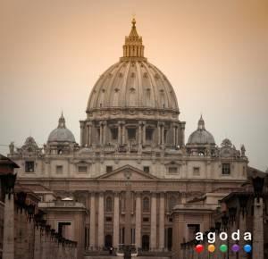 Agoda.ru отмечает особые события в мае