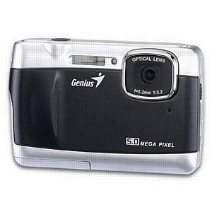 Фотокамера впечатлений Genius G-Shot 506