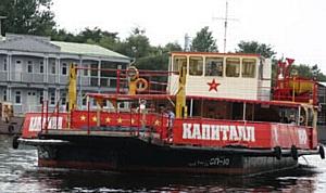 Ретро-путешествия по Петербургу: на трамвае, теплоходе или на паровозе