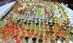 Впервые в России бармены установили рекорд по количеству приготовленных коктейлей