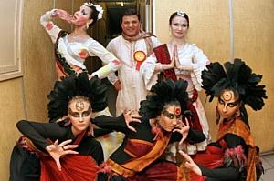 Индийская диаспора, москвичи и гости столицы отметили праздник «Холи»