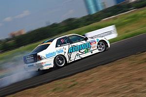 Андрей Богданов на единственной в мире Toyota Altezza с мотором VK45 отыграл шесть позиций в личном зачете по итогам этапа   МегаФон - Российской Дрифт Серии 2011 в Тушино