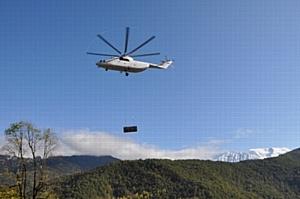 В Красной Поляне МЭС Юга применяют современный способ установки трансформаторных и распределительных подстанций 10 кВ с привлечением вертолетной техники