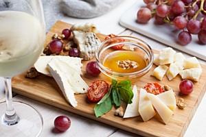 Кто-то & что-то новое: четыре новых концепции в The 21 Food Market на Новом Арбате