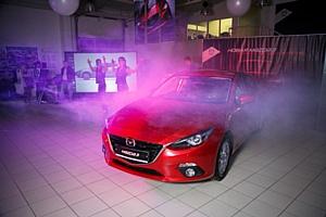 ����������� ����� Mazda3 � Cosmo Motors ��� ��������� ����������������� ��������� ��������� �����