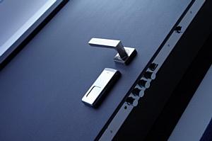 Выбор системы запирания в стальной двери