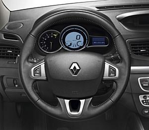 �������������� ����������� �� Renault Fluence � ���������� ����Ļ