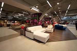 В Москве открылся крупнейший мебельный центр Roomer