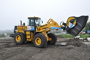 В Барнауле состоялся традиционный конкурс среди рабочих дорожных специальностей