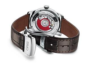Oris выпускает новые часы Artelier Jumping Hour