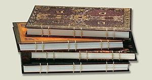 Paperblanks® выпустил линию записных книжек в коптском переплете