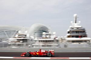 Самое яркое событие осени – «Гран-при Формулы 1»  в отеле Yas Viceroy Abu Dhabi