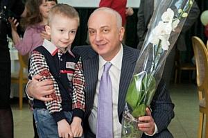 1500-ая белая орхидея. Праздник детей из «пробирки» в Днепропетровске.