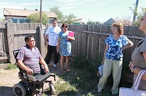 ОНФ в Хакасии держит на контроле строительство дома для проживающего в аварийном жилье инвалида