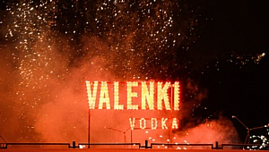 Бренд Valenki зажигает звезды, празднуя первый год рождения!