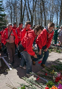 «365 дней ТВ» сообщает: III Международный автопробег «Дорогами Победы» посетил Кострому и Макарьев