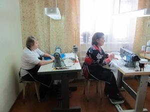Швейный цех в селе Новоберезовка Алтайского края открыла бывшая безработная.
