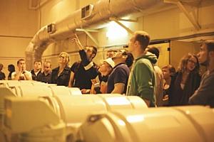 МЭС Северо-Запада провели экскурсии для студентов на подстанции 330 кВ нового поколения