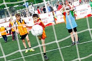 Coca-Cola Hellenic открывает детский футбольный сезон 2012