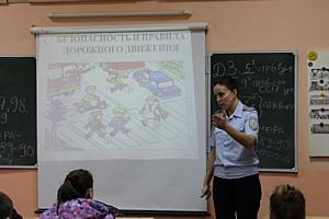 Активисты Народного фронта проводят уроки ПДД в школах Челябинска