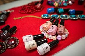 ���� ���c���� (Elle Gerstein) ����������� � ������ ������� Red Carpet Manicure