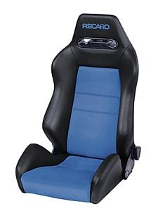 Спортивные кресла и руль Recaro на Skoda Rapid Spaceback