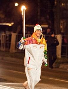 Спортсмен Petro-Canada Денис Рязанцев на Эстафете Олимпийского Огня