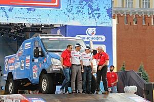 Команда журнала «За рулем» приняла участие в ралли-рейде «Шелковый путь-2013»