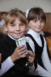 В Украине впервые отмечается Всемирный день школьного молока