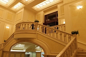 ����������� �������� � �Menorah Grand Palace�.