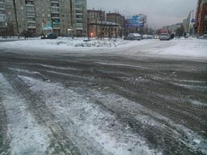 """Активисты ОНФ выступают против попыток """"закатать"""" асфальт в снег"""