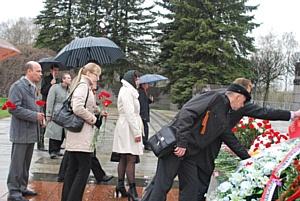 Сотрудники МЭС Северо-Запада почтили память погибших во время ВОВ