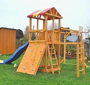 Деревянная игровая площадка - нужна ли она?