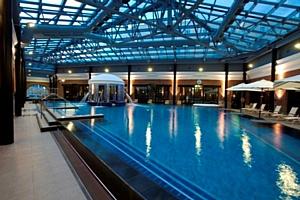 Летний отдых в отелях Sokos в Санкт-Петербурге вдвое дешевле