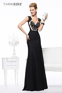 В России открылся эксклюзивный монобрендовый онлайн бутик платьев турецкого фэшндизайнера Tarik Ediz