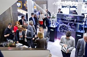 Oris покоряет новую высоту в Париже