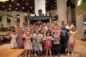 Сеть ресторанов «Ёлки-Палки» поддержала Международный день защиты детей